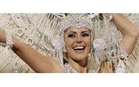 Reina del Carnaval Pirata se somete a un tratamiento de belleza en Celebralia