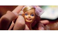 Una exposición recorre los cincuenta años de Barbie en México