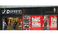 Rivals' woes help boost JD Sports' Christmas