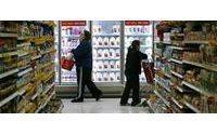 US companies say consumer pullback continuing