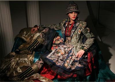 Тележурналист Наталия Козлова выпустила книгу «Магия русского стиля»,  основной темой которого стал национальный русский костюм, как источник  вдохновения ... 418bb3a1f94