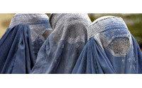 Una scuola pakistana vieta abiti attillati