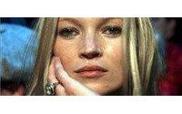 Kate Moss se impone a famosos modistos con un sencillo vestido