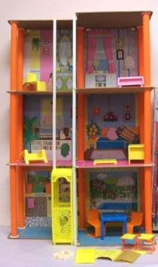 Barbie si lascia ammirare a torino notizie eventi 62994 for Cataloghi di piani di casa gratuiti