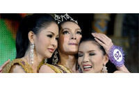 Tiaras at Thai transsexual beauty contest