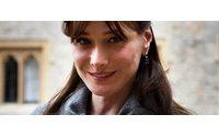 Premio a Carla Bruni per cappellino