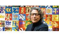 В выставочном центре Espace Louis Vuitton открылась выставка Silent Writings