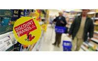 June retail sales fall in UK