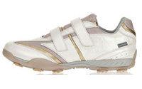 DKB distribuirà scarpe da golf Geox