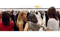 Corsa ai saldi, business da 6 mld, ma attenzione alla shopping-mania