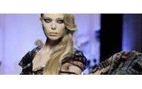 Pariser Couture schneidert ums Überleben