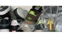 Ancona: sequestrate scarpe e capi contraffatti per 840mila euro