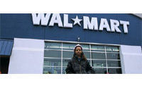 Wal-Mart plans to sell Samurai bonds