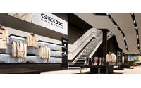 Geox sees sales down 5-10 percent in 2010