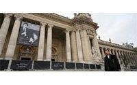 Neue Saint-Laurent-Auktion in Paris