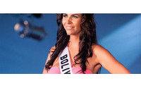 Las aspirantes a Miss Universo pasean ya su belleza por Bahamas