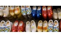 Schuh-Sommer 2010: Abschied von Lack und Hochglanz