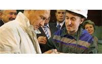 Putin pledges $1 billion for diamond industry