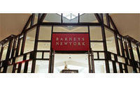 Barneys eyes restructuring or bankruptcy