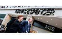 Marks &amp&#x3B; Spencer revamps Web site in push for growth