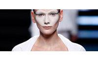 080 Barcelona Fashion premia el potencial y sensibilidad de Cardona Bonache