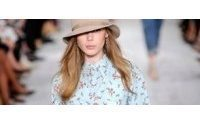 Ralph Lauren's cowgirl vision gets ovation