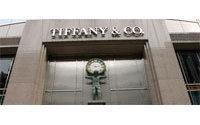Tiffany, Signet holiday sales grow as splurges return