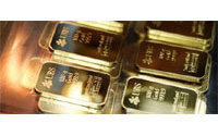 Investors cash in on high gold prices&#x3B; jewellers sidelined