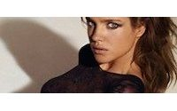 Natalia Vodianova presenta en el Crillon su colección de lencería para ETAM