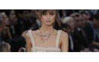 Chanel conquista París con un prêt-à-porter de lujo rústico y absoluto
