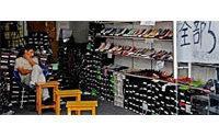 Rivellini: prorogare e ampliare dazi per calzature e tessile