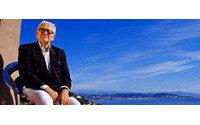 Pierre Cardin ganha livro em comemoração aos 60 anos de sua marca