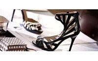 Scarpe glamour a prezzi popolari: Jimmy Choo sbarca nei negozi h&amp&#x3B;m