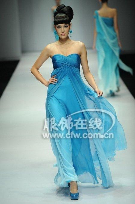 69  新闻 69  t台秀 69 旭化成中国时装设计师创意大奖 刘洋