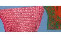 Afrikanische Kangas: Farbenfrohe Tücher mit einem Spruch