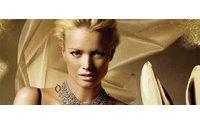 Topmodel Franziska Knuppe zeigt verführerische Dessous zum Jahresausklang