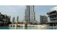 Versace: a Dubai già rivisto piano