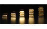 Gold scores record high near 1,200 dollars