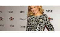 Kate Hudson usa sapato Alexandre Birman em pré-estreia