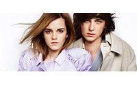 Emma Watson posa em nova campanha da Burberry