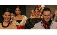 Almeriense Antonio Egea gana certamen de diseñadores noveles trajes flamenca