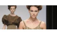 Semana de moda de Londres começa com homenagem a McQueen