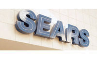 Tepid sales, bigger discounts hurt Sears results