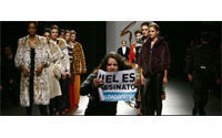 Animal rights activists disrupt Spanish fashion show