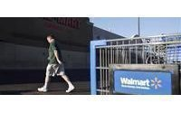 Shoppers leave Wal-Mart as economy improves