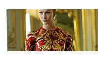 McQueen: coleção póstuma desfilada