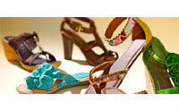 DSW first quarter results beat Street, backs 2010 EPS view