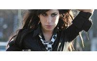 Amy Winehouse vai lançar coleção