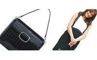 Roger Vivier crea una borsa speciale per Carla Bruni