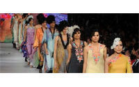 Pakistan fashion week begins as bombers hit northwest